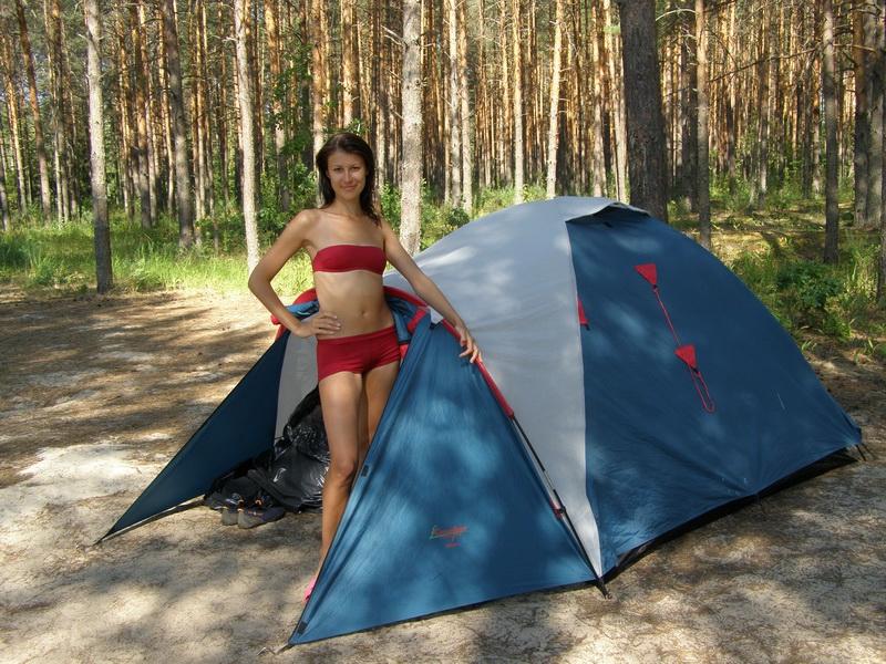 порно залез к девчонкам в палатку зрелые русские
