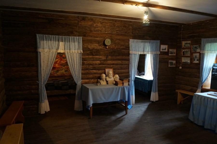 Внутри музея Н.В. Ульянова, деда Ленина, в селе Андросово. Фото 3