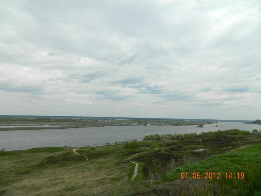Берег реки Ока в с. Константиново (родина С. Есенина)