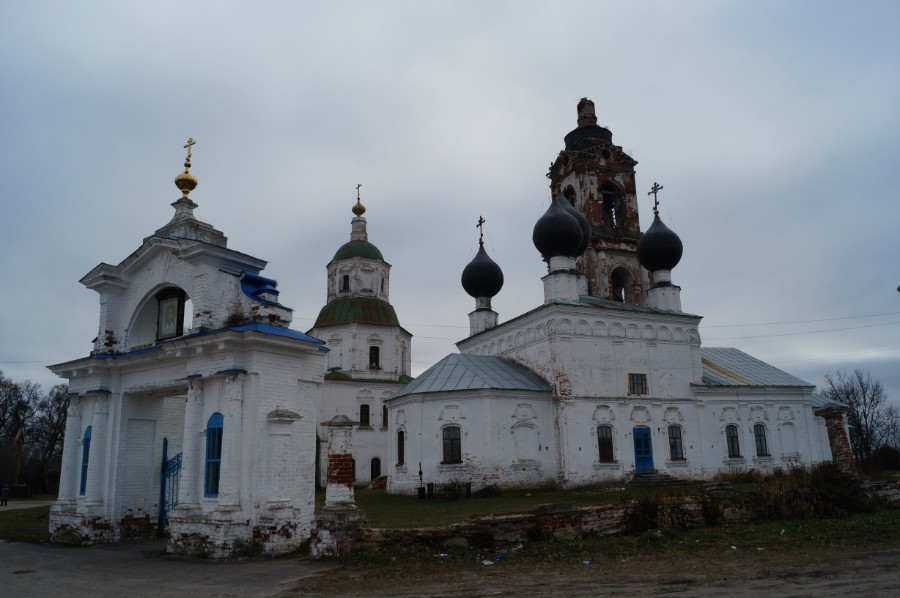 Ансамбль церквей - память о Репниных-Волконских