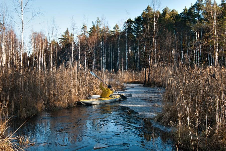 Викинг пробивается сквозь льды