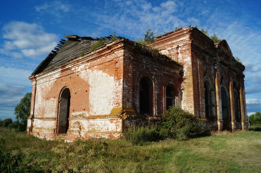 Церковь Покрова Пресвятой Богородицы в селе Кардавиль