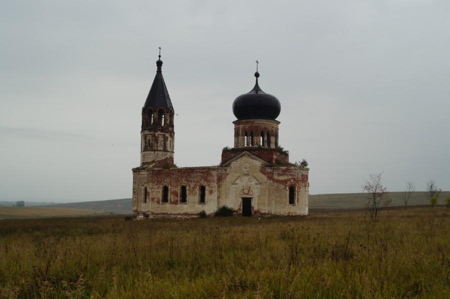 Анненково, урочище. Церковь Троицы Живоначальной