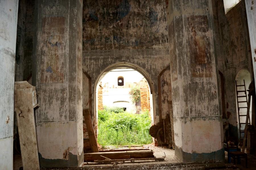 В храме села Левашово