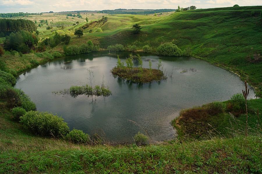 Озеро Горелое - удивительной красоты карстовое озеро